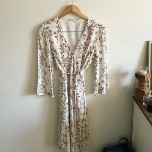 Gap white floral wrap dress